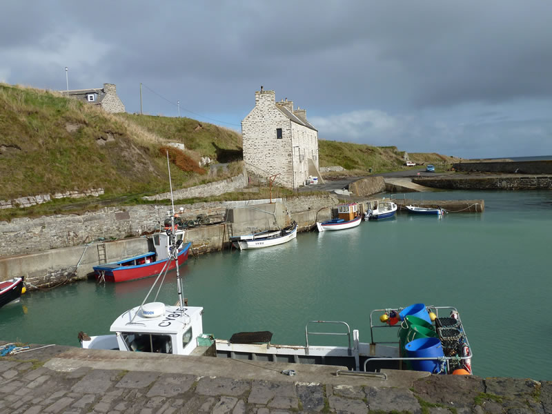 Keiss harbour and harbour house